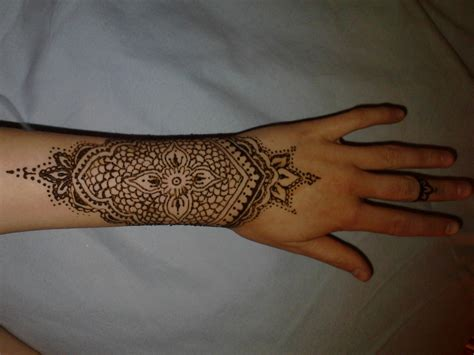 henna style wrist tattoos wrist henna 183 a henna 183 creation by louise a