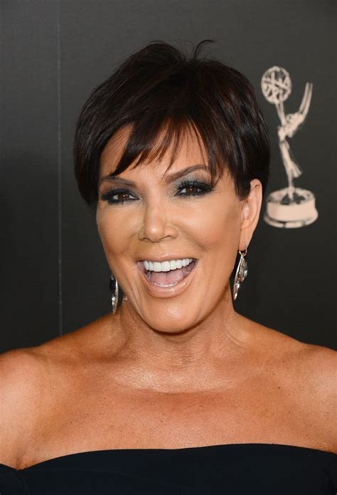 kris jenner pixie kris jenner short hairstyles lookbook more pics of kris jenner pixie 20 of 20 short