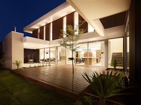 california house design approach with focus on texture variety california