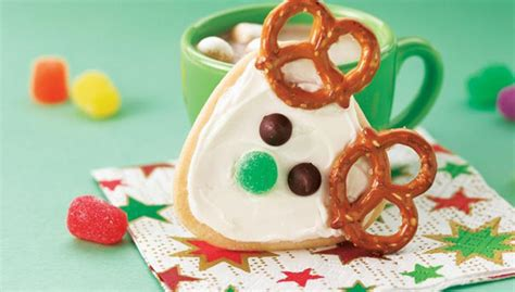 cute christmas baking ideas 25 easy cookie recipes ideas easyday