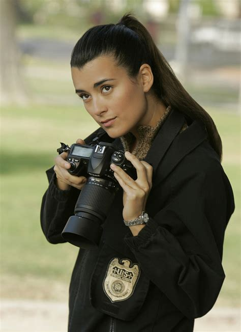 what scandal is causing cote de pablo leaving ncis cote de pablo leaving ncis ziva david actress to