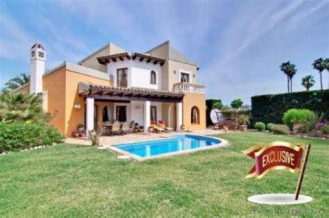 villa haus kaufen mediterrane villa in 1 linie am golfplatz homebooster