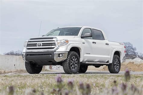 Toyota Tundra 2 Inch Lift Country 2 5 3 In Leveling Lift Kit For 2007 2017