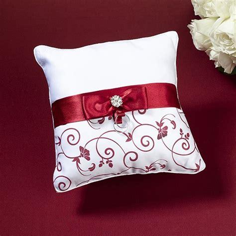 cuscino portafedi cuscino portafedi rosso e bianco cuscini portafedi