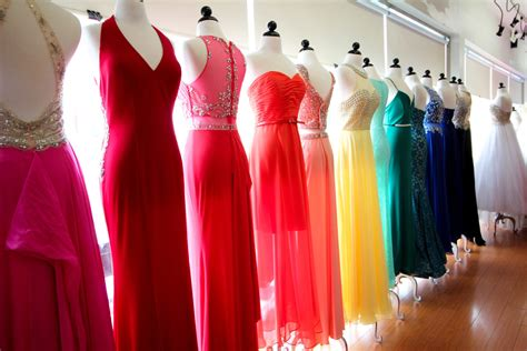 Bridal Dresses Shopping by Bridesmaid Dress Shopping Bridal Salon Vs La Fashion