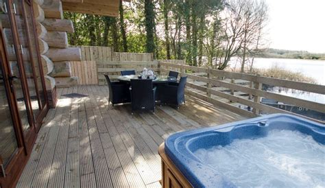 luxury lodges with tub nr the lake district