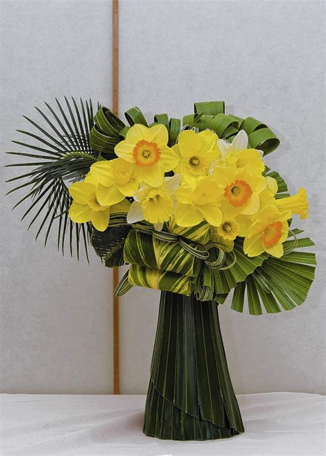 Fresh Flowers In Vase by Simple Steps Can Extend Vase Of Fresh Cut Flowers
