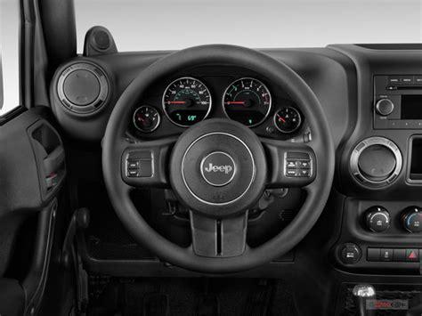 Jeep Wrangler Steering Wheel 2016 Jeep Wrangler Pictures Steering Wheel U S News