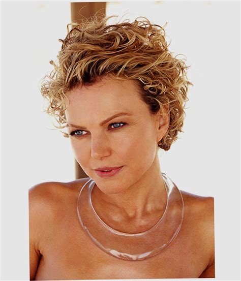 hairstyles short curly round face short hairstyles for round faces 2016 tips with picture