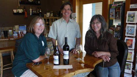 Apple Orchard Goose Harbor info links blooms winery on whidbey island