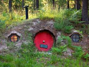 hobbit house designs hobbit house in montana photos business insider