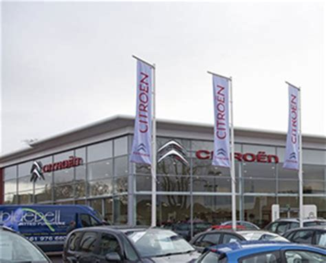 Citroen Garage Guildford by Car Dealers Peugeot Garages Ds And Citroen Garages