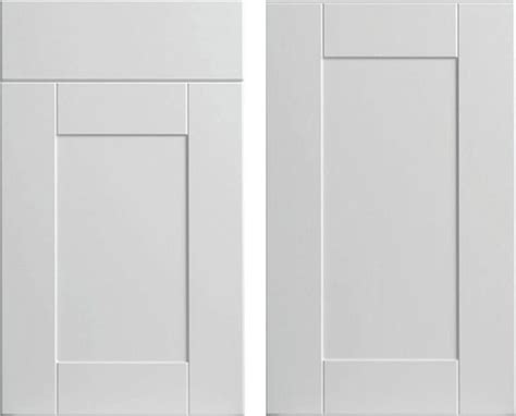 white shaker kitchen cabinet doors white shaker style cabinet doors quotes
