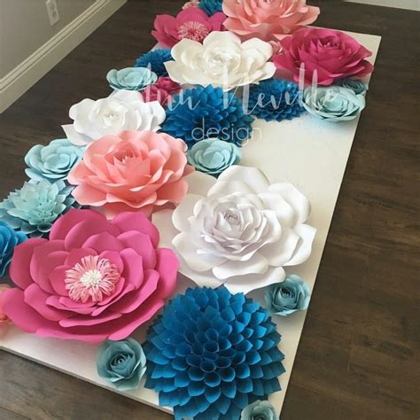 How To Make Paper Flower Backdrop - paper flowers backdrop paper flowers
