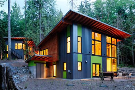 6 Cozy Eco Cabins To Snuggle Up In This Fall 6 Cozy Cabins Eco Cabin House Plans