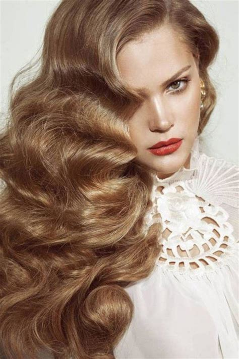 1920s hairstyles for long hair naturally curly wavy it girl style vintage curly hairstyles pretty designs