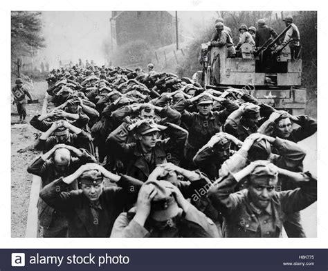 wann endete der 2 weltkrieg in deutschland 2 weltkrieg 1944 soldaten der deutschen wehrmacht und ss