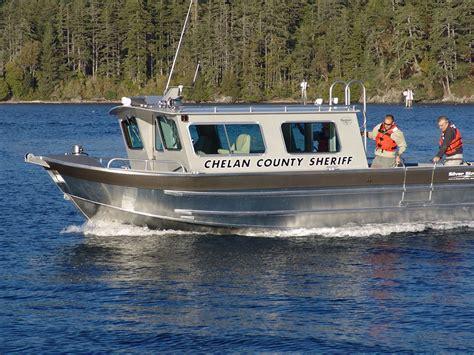 day cabin boats 32 salish aluminum cabin boat by silver streak boats