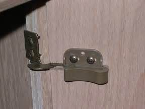 kitchen cabinet hinges concealed replacing kitchen cabinet hinges with concealed hinges