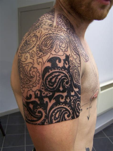 paisley tattoo 38 beautiful paisley pattern tattoos