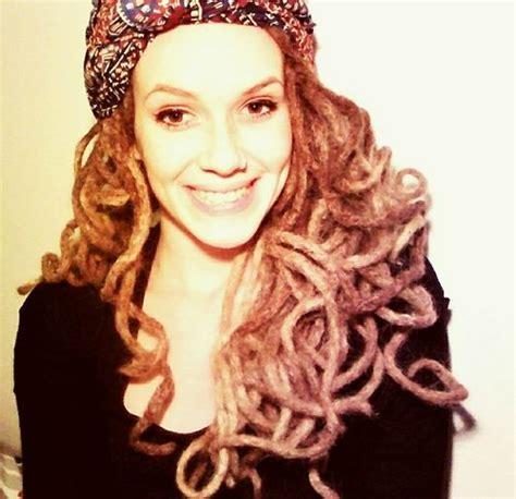 curly rasta hair woman curly dreadlocks dreadlocks pinterest posts dreads