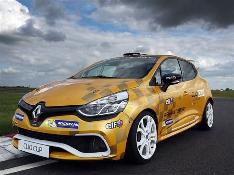 Renault Clio Cup by Renault Clio Cup Junior Chionship Announced Pistonheads