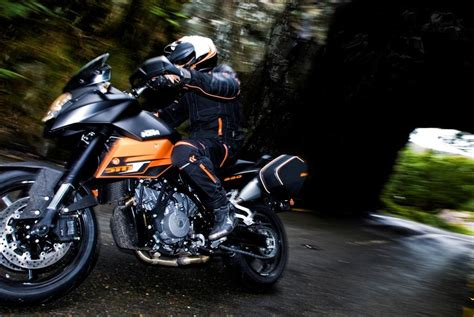 Ktm 990 Supermoto Top Speed 2013 Ktm 990 Sm T Review Top Speed