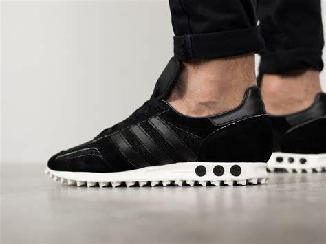 s shoes sneakers adidas originals la trainer og