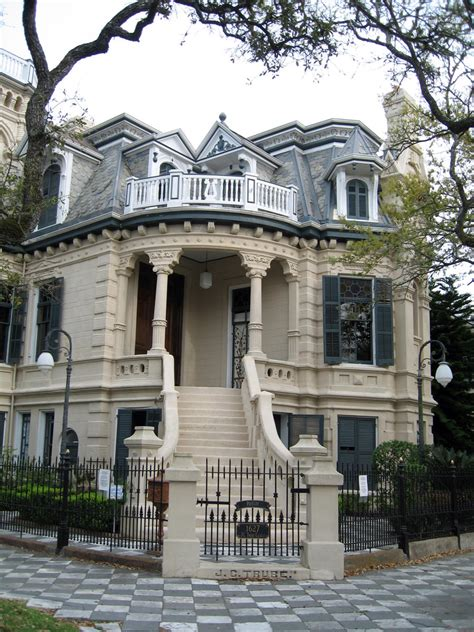 beautiful old houses most beautiful historic residential neighborhood in u s