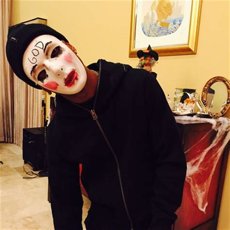 anarchy purge costumes hip hop s best worst scariest halloween costumes