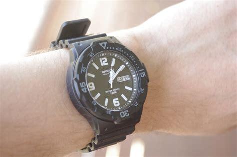 Jam Tangan Original Pria Casio Mrw 200h 1b2 jual jam tangan casio mrw 200h 1b2vdf original