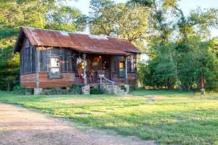Small Cabin the cowboy cabin tiny texas houses small house bliss