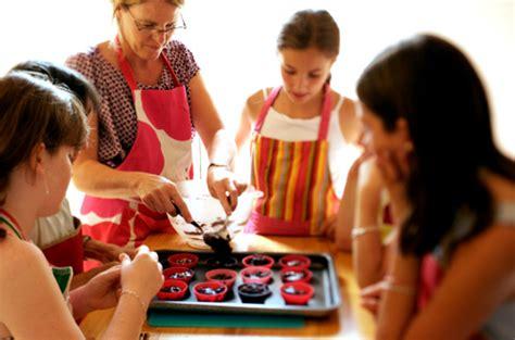 cours de cuisine pour ado atelier clafoutis atelier de cuisine pour les grands et