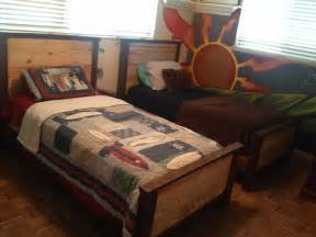 Double kids pallet beds pallet ideas 1001 pallets