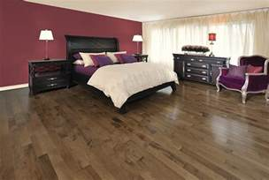 Bedroom Color Schemes With Hardwood Floors Purple Bedroom Comfy Comforters Decor Maroon Style