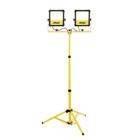 arlec 90w 7000lm led work light with tripod bunnings