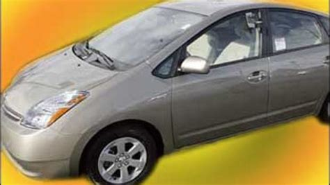 2008 toyota prius in roof prius may begin using solar panels on roof cbs news