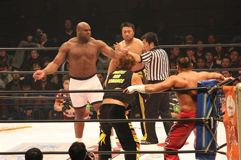 bob sapp bench press file bob sapp and toshiaki kawada jpg wikimedia commons