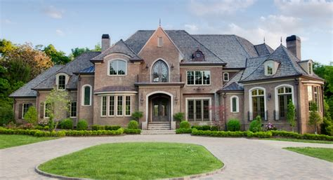 luxury homes charlottehousehunter
