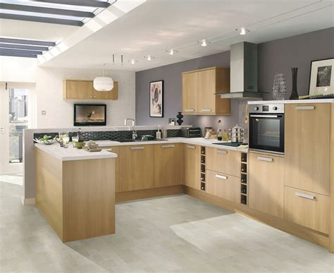 Greenwich Light Oak Kitchen Universal Kitchens Howdens Light Oak Kitchens