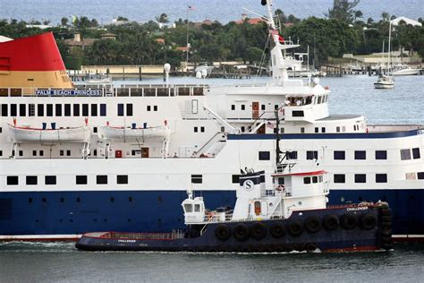 casino boat port of palm beach as casino ship remains closed for 2nd day the port of