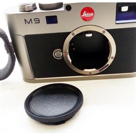 leica m9 steel grey digital rangefinder camera (used) meteor