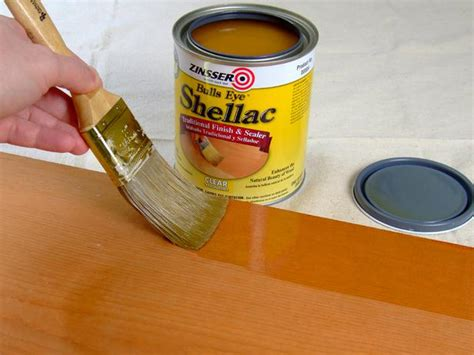 what s the difference between polyurethane varnish shellac and lacquer ran y