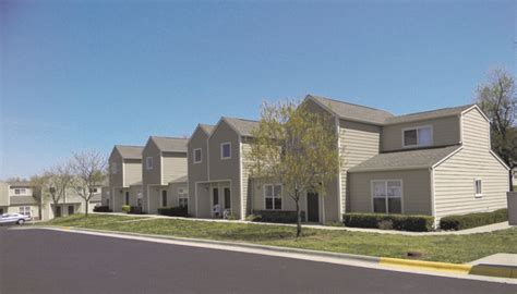 3 bedroom apartments in springfield mo cedarwood terrace springfield mo apartment finder