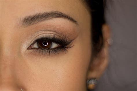 soft  glam eyeshadow    create  natural