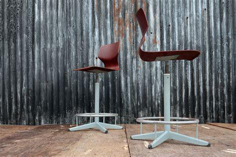 design len jaren 60 vintage design atelierstoelen draaistoelen jaren 60