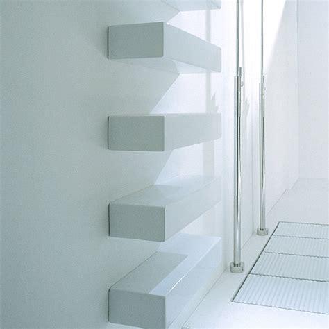 moderne badezimmerregale wandregale f 252 r badezimmer praktische moderne badeinrichtung
