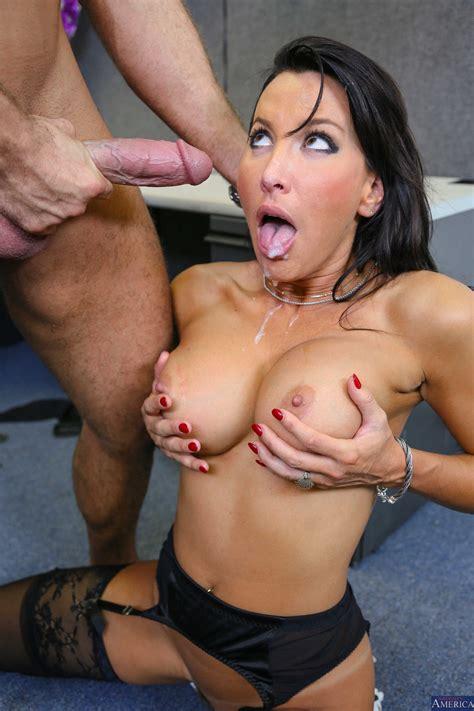 Sexy Office Woman Got Naughty MILF Fox
