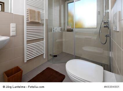 Kleines Badezimmer Ohne Badewanne by Kleine B 228 Der Sch 246 N Sparsam Gestalten Traub Gmbh