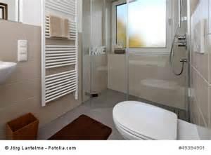 badezimmer dachschrge dachschrge badezimmer kreative deko ideen und innenarchitektur